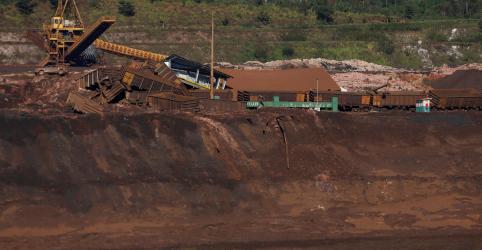Placeholder - loading - Imagem da notícia Ministro Canuto diz que não há condições de fiscalizar todas as barragens, é preciso priorizar