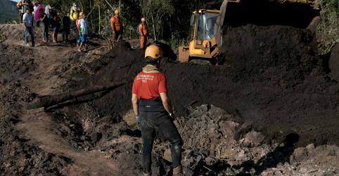 Placeholder - loading - Imagem da notícia Ministro Bento Albuquerque diz que Vale se comprometeu a desativar barragens a montante
