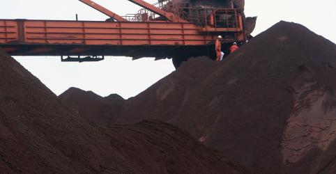 Placeholder - loading - Futuros do minério de ferro na China têm máxima em quase 17 meses após cortes da Vale