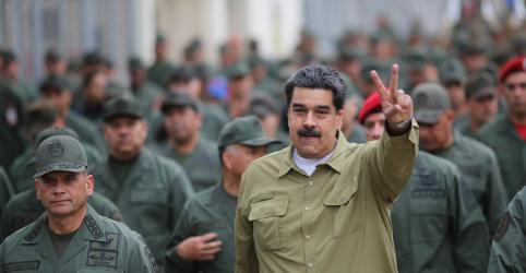 Placeholder - loading - Imagem da notícia Maduro diz que Trump quer matá-lo; Rússia pede mediação