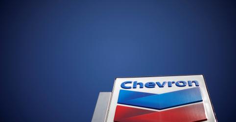 Placeholder - loading - Imagem da notícia Petrobras vende polêmica refinaria de Pasadena à Chevron
