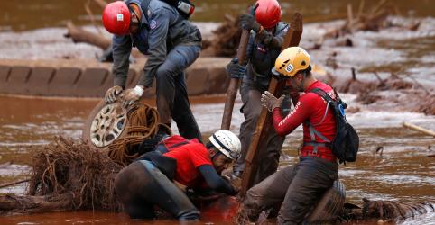 Placeholder - loading - Chega a 142 número de mortes confirmadas em rompimento de barragem em Brumadinho