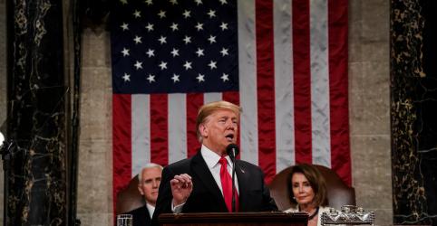 Placeholder - loading - Imagem da notícia Trump promete construir muro na fronteira e alerta democratas contra investigações