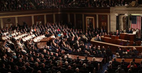 Placeholder - loading - Imagem da notícia Trump pede ao Congresso dos EUA que proíba aborto no final da gestação
