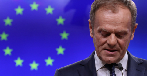 Placeholder - loading - Imagem da notícia União Europeia vê Brexit como inevitável e busca evitar 'fiasco'