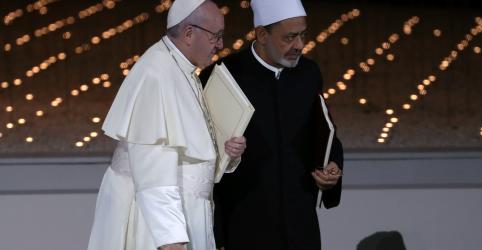 Papa diz esperar que viagem à Península Arábica ajude relações entre islâmicos e cristãos