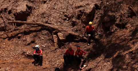 Placeholder - loading - Imagem da notícia Bombeiros encontram mais 8 corpos e número de mortes em Brumadinho vai a 150; desaparecidos são 182
