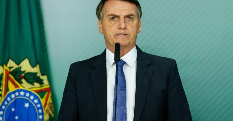 Bolsonaro teve febre e está com pneumonia