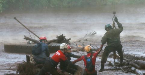 Placeholder - loading - Imagem da notícia Sobe para 157 número de mortos por rompimento de barragem em Brumadinho