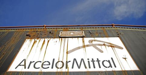 Placeholder - loading - Imagem da notícia Moradores de Itatiaiuçu (MG) são retirados de casa por risco em barragem da ArcelorMittal