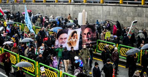 Placeholder - loading - Imagem da notícia Irã promete superar oposição dos EUA no 40o aniversário da revolução