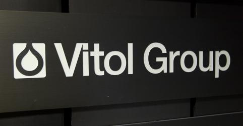 Placeholder - loading - Imagem da notícia EXCLUSIVO-FBI investiga executivos da Vitol nas Américas por caso no Brasil, dizem fontes