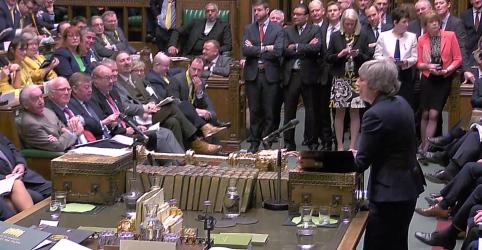 Placeholder - loading - May voltará ao Parlamento para pedir apoio ao Brexit