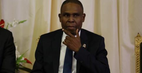 Placeholder - loading - Imagem da notícia Haiti promete cortar gastos e investigar PetroCaribe em meio a protestos