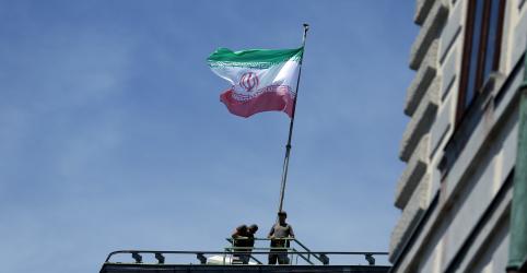 Suicida que matou 27 membros da Guarda Revolucionária do Irã era paquistanês, diz comandante