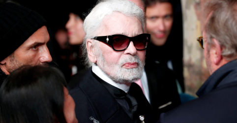 Morre estilista Karl Lagerfeld