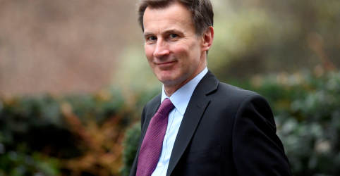Mudar o backstop irlandês é única forma de selar o Brexit, diz chanceler britânico