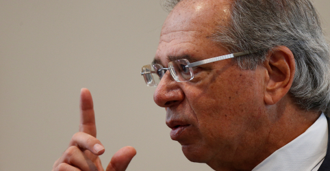 Placeholder - loading - Imagem da notícia Guedes diz que ficará surpreso se Congresso mexer muito na proposta da reforma da Previdência