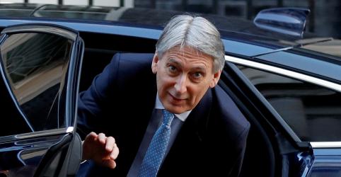 Placeholder - loading - Imagem da notícia Parlamento britânico pode votar acordo do Brexit na próxima semana, diz ministro