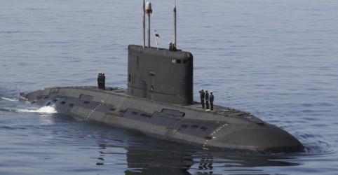 Placeholder - loading - Imagem da notícia Irã inicia exercício de guerra no Golfo para testar mísseis lançados por submarino