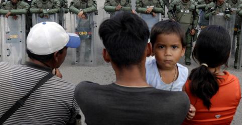 CORREÇÃO-Operação de ajuda humanitária à Venezuela via Brasil terá várias tentativas, diz porta-voz