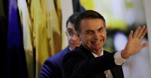 Governo Bolsonaro tem avaliação positiva de 38,9%, aprovação pessoal é de 57,5%, diz CNT/MDA