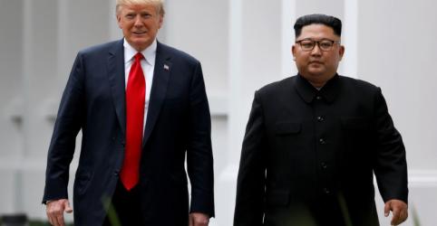Trump chega ao Vietnã para reunião com norte-coreano Kim
