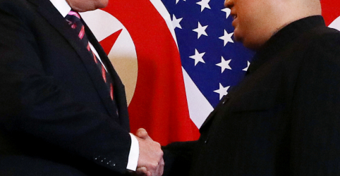 Kim e Trump se encontram para cúpula em Hanói