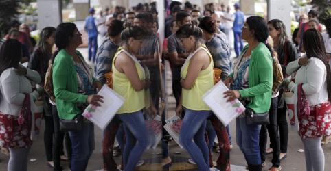 Placeholder - loading - Taxa de desemprego sobe a 12% no tri até janeiro com dispensas após fim do ano