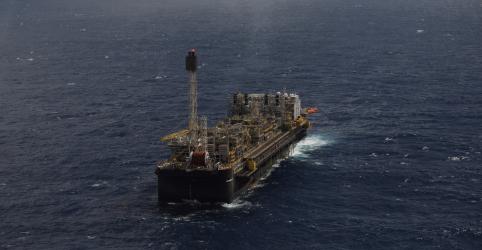Placeholder - loading - Vencedor de leilão da cessão onerosa pagará compensação à Petrobras, diz CNPE