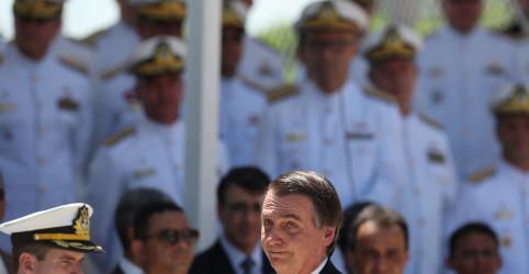 Placeholder - loading - Bolsonaro diz que democracia e liberdade só existem quando as Forças Armadas desejam