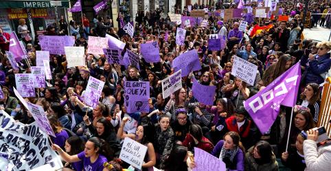 Placeholder - loading - Imagem da notícia Igualdade de gênero e direitos entram em pauta no Dia Internacional da Mulher