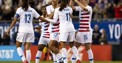 Placeholder - loading - Seleção campeã de futebol processa federação dos EUA por discriminação de gênero
