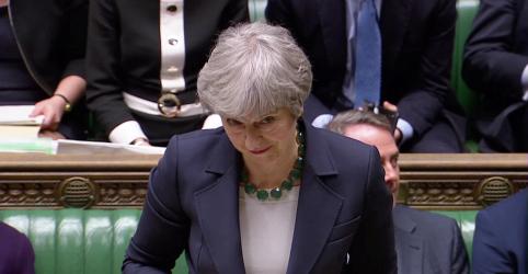 Placeholder - loading - Imagem da notícia Parlamentares britânicos aprovam proposta para descartar Brexit sem acordo