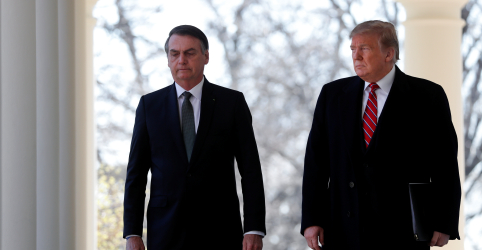 Bolsonaro diz que ele e Trump farão o que for possível para solucionar situação na Venezuela