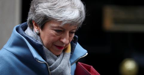 Primeira-ministra britânica pedirá curta prorrogação para o Brexit
