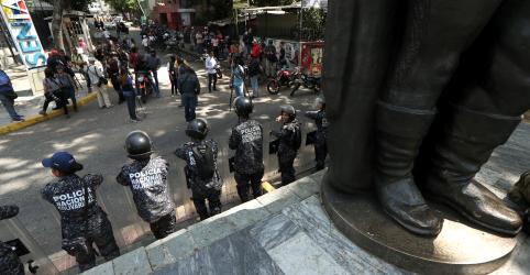 Placeholder - loading - Imagem da notícia Bachelet, da ONU, denuncia repressão de forças venezuelanas; diz que sanções podem agravar crise