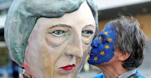 Placeholder - loading - UE concorda com adiamento do Brexit até 22 de maio, mostra esboço de comunicado