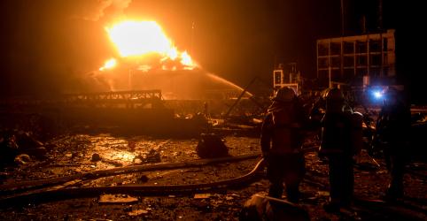 Placeholder - loading - Sobe para 47 número de mortos em explosão em fábrica de pesticidas na China; feridos são 640