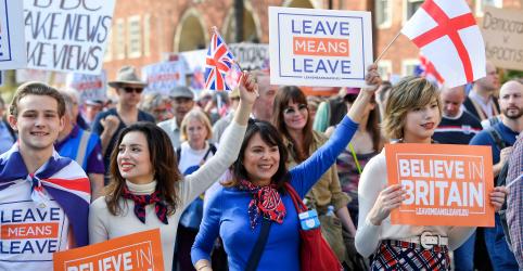 Cresce temor de Brexit sem acordo após nova derrota de premiê britânica no Parlamento