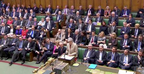 Placeholder - loading - Imagem da notícia Após derrota 'grave', premiê May diz que Reino Unido está esgotando opções para Brexit
