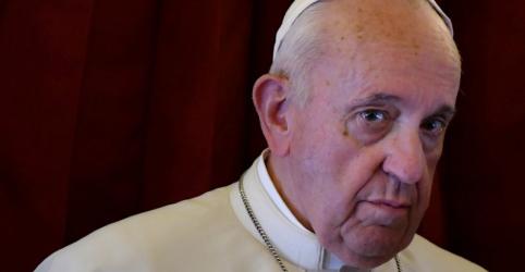 Placeholder - loading - Papa diz que Igreja deve admitir histórico de dominação masculina e abuso de mulheres