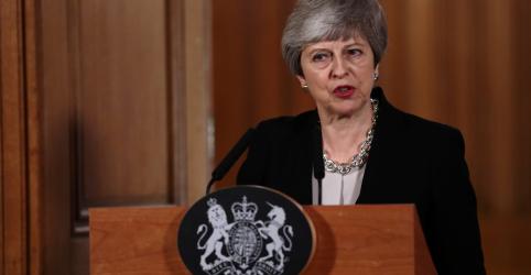 Placeholder - loading - May pedirá novo adiamento do Brexit para negociar acordo com trabalhistas