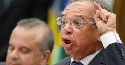 Placeholder - loading - Imagem da notícia Guedes admite que Congresso mude reforma da Previdência, mas renova apelo por economia robusta
