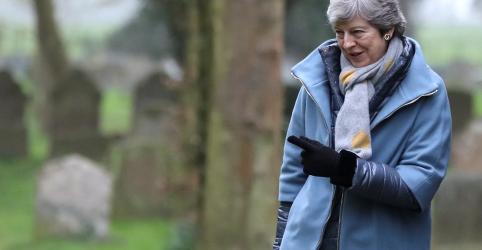 Placeholder - loading - Governo britânico espera retomada de conversas sobre Brexit com trabalhistas, diz porta-voz de May