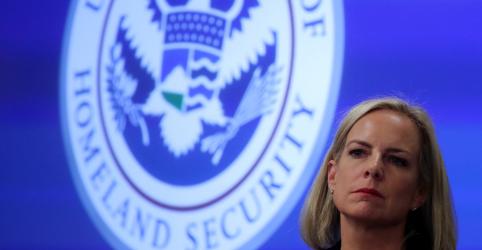 Placeholder - loading - Imagem da notícia Secretária de Segurança Interna dos EUA renuncia em meio a reclamações de Trump sobre fronteira