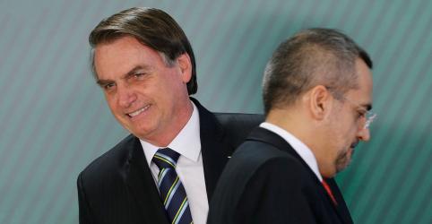 Placeholder - loading - Imagem da notícia Bolsonaro diz que novo ministro da Educação tem 'carta branca' para montar equipe