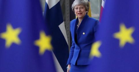Placeholder - loading - Imagem da notícia May diz em cúpula da UE que espera garantir prorrogação de Brexit para saída ordenada