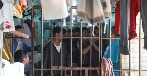 Placeholder - loading - ESPECIAL-Bolsonaro mira facções criminosas que operam dentro das prisões