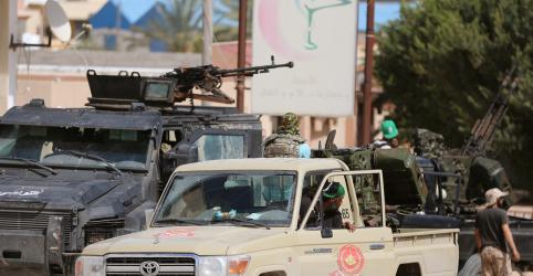 Placeholder - loading - Imagem da notícia Combates na Líbia matam 56 em uma semana; potências europeias divergem sobre reação